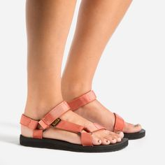 Teva® Official | Womens Original Universal | Free Shipping at Teva.com