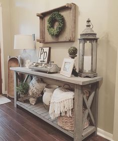 """1,003 Likes, 35 Comments - Beth (@homedecormomma) on Instagram: """"I get asked about this console table that my husband built quite a bit! I do not have the exact…"""""""