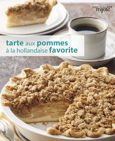 This family-favourite apple pie is super easy and tasty. Can't beat its crumbly topping, perfectly seasoned filling and flaky, golden crust. Click or tap the photo for this Dutch Apple Pie Apple Pie Recipes, Apple Desserts, Tart Recipes, Delicious Desserts, Dessert Recipes, Yummy Food, Confort Food, Desserts With Biscuits, Food To Make