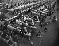 1952. U.S. Air Force assembly line. Life Collection on Google.