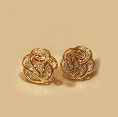 Camellia Rhinestone Earrings &stud on Luulla