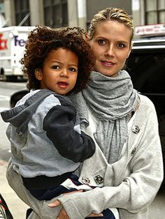omg I am so hoping my son's hair will be like this. ..a gorgeous afro like his Daddy has.