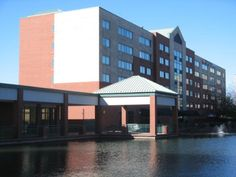 Saint Louis (MO) Holiday Inn Express St. Louis Airport - Riverport United States, North America The 2-star Holiday Inn Express St. Louis Airport - Riverport offers comfort and convenience whether you're on business or holiday in Saint Louis (MO). The property features a wide range of facilities to make your stay a pleasant experience. Service-minded staff will welcome and guide you at the Holiday Inn Express St. Louis Airport - Riverport. Each guestroom is elegantly furnished ...