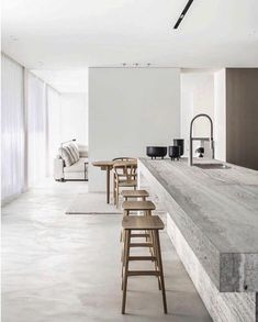 White walls the most used element in minimalist contemporary design. The ideal canvas for textural elements of design. Don't you just love the beauty of white walls? CLICK THE LINK IN THE H Best Interior, Modern Interior Design, Interior Design Inspiration, Kitchen Interior, Interior Architecture, Stone Interior, Top Interior Designers, Apartment Interior Design, Contemporary Interior