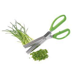 Estas tijeras especialmente diseñadas para cortar hierbas son compactas y prácticas. Cuentan con 5 hojas fabricadas en acero inoxidable, idóneas para cortar las hierbas de manera rápida y suave sin estropear el alimento.