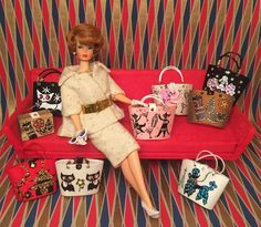 Barbie's newest obsession are these hand made Enid Collins inspired bags by Liz Retros! #vintagebarbie #vintagestyle #vintagefashion…
