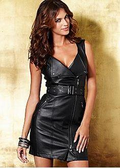 Dresses on Sale - Maxi, Halter, Sweater Dresses & More