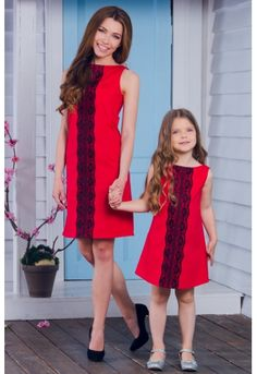For order DM us or whatsapp us on 6394837380 Mommy Daughter Dresses, Mom And Baby Dresses, Mother Daughter Photos, Mother Daughter Fashion, Mommy And Me Outfits, Mom Daughter, Cute Girl Outfits, Simple Dresses, Kids Outfits