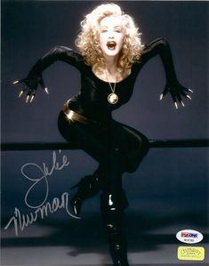 Julie Newmar Signed Autographed 8 x 10 Photo Photograph Catwoman Batman I 09 Batman Tv Show, Batman Tv Series, Julie Newmar, Batman 1966, Batman And Catwoman, Classic Hollywood, Old Hollywood, Hollywood Glamour, Armadura Do Batman