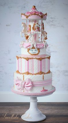 Vintage victorian carousel cake