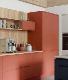 Kitchen Furniture, Kitchen Interior, Kitchen Design, Orange Kitchen Decor, Kitchen Colors, Kitchen Cabinets Orange, Black Cabinets, Vanity Set Up, Color Terracota