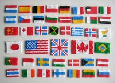 Banderas del mundo con hama beads (o Pyssla de Ikea) : una manera perfecta para que tus hijos se interesen por las banderas y las capitales del mundo
