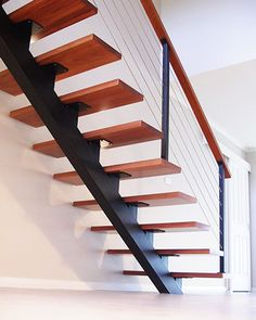 30 Beautiful Metal Stairs Ideas In 2019 Browse photos of staircases and discover design and layout ideas to inspire your own staircase remodel, including unique railings and storage options. Stair Railing Design, Stair Handrail, Stair Decor, Railing Ideas, Diy Stair, Steel Stairs Design, Open Stairs, Loft Stairs, Floating Stairs