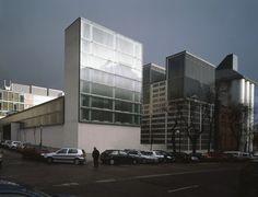 MANSILLA+TUÑÓN ARCHITECTS: (34-35) COMMUNITY OF MADRID DOCUMENTATION CENTRE. 1994-2002.