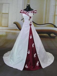 Drop dead gorgeous Medieval style wedding dress.