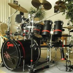Love the Black and Red Drum Kit!