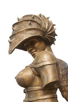 Suficientemente adjetivada por la crítica, la obra de Fabelo, en los múltiples intentos por definirla, es sin lugar a duda, sobre todo de gran intensidad en cada una de las formas elegidas por él para expresarse. Cuban Art, Chivalry, Zbrush, Figurative Art, Mythology, Contemporary Art, Sculptures, Statue, Illustration
