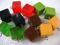 2 Bakelit Cube klasické knoflíky - starožitnosti 1940 - Výběr barev