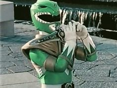 Jason David Frank, who was cast as Green Ranger Tommy for the 'Power Rangers' series in doesn't like the twisted short film. Power Ranger Verde, Green Power Ranger, Power Rangers Memes, Go Go Power Rangers, You Funny, Funny Jokes, Funny Life, Funny Things, Funny Stuff