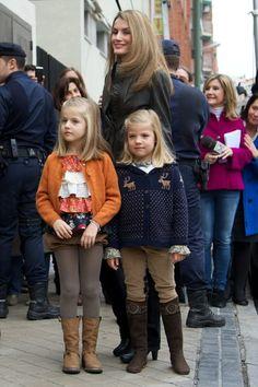 Queen Letizia of Spain Princess Leonor Photos: Juan Carlos of Spain Receives Visits at Hospital