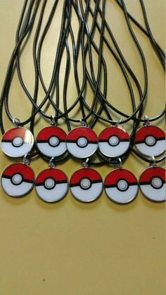 Lot of 10 necklaces party favors Pokemon Go Pokeball Metal Charms - Pokemon Ideen Pokemon Go, Pokemon Craft, 6th Birthday Parties, Birthday Favors, Party Favors, 8th Birthday, Birthday Ideas, Pokemon Themed Party, Pokemon Birthday
