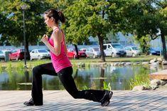 A legfontosabb mozdulatok, amik helyes kivitelezését muszáj elsajátítanod már az edzésen, hogy a hétköznapokban is helyes testtartással létezz. Sporty, Marvel, Pants, Style, Fashion, Moda, Trousers, Fashion Styles, Women Pants