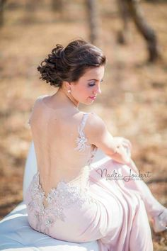 Matric farewell photography Prom Picture Poses, Prom Poses, Chuck Norris, Prom Photography Poses, Friend Photography, Family Photography, Cheerleading, One Photo, Junior Prom Dresses