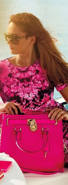 Pretty Michael Kors pink bag fashion