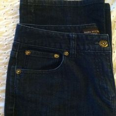DANA BUCHMAN SIZE 10 JEANS LADIES LADIES SIZE 10 REG FIT DENIM BOOT CUT LEG JEAN ,  these were worn only a short time weight up and down , ex condition !! Dana Buchman Jeans