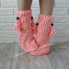 Women peach color knit socks. Gifts Socks. Spiral socks with wooden beads. Hand Knit socks Wool socks Handmade peach color socks Warm socks.