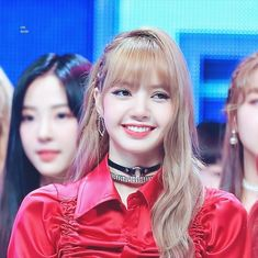 Hi hi 😁😁 lovelalisa hi lalalalisa_m model shineforever Jennie Lisa, Blackpink Lisa, Yg Entertainment, South Korean Girls, Korean Girl Groups, K Pop, Lisa Blackpink Wallpaper, Black Pink Kpop, Blackpink Photos