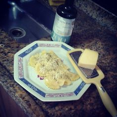 Ravioli parmesão e azeite