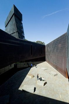M.H. de Young Memorial Museum. 2005. San Francisco, California. Herzog & de Meuron