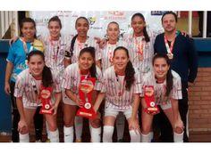 Futsal feminino de Passos é campeão do Joju. http://www.passosmgonline.com/index.php/2014-01-22-23-07-47/esporte/5617-futsal-feminino-de-passos-e-campeao-do-joju