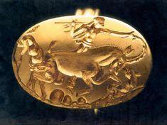 """Teen Hunter""  Excavation Palaíkastron Sitia - ""Diktα"" 1500 1400 B.C."