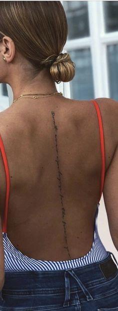 - My list of best tattoo models Boho Tattoos, Spine Tattoos, Dream Tattoos, Sexy Tattoos, Body Art Tattoos, Tatoos, Tattoo Platzierung, Tattoo Script, Piercing Tattoo