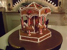 Merry Christmas to you all. Here's this year's gingerbread creation!… - Gingerbread Fun: Houses, Villages, And More — LiveJournal Gingerbread Crafts, Gingerbread Village, Christmas Gingerbread House, Gingerbread Cookies, Christmas Desserts, Holiday Treats, Fun Desserts, Christmas Cookies, Ginger House