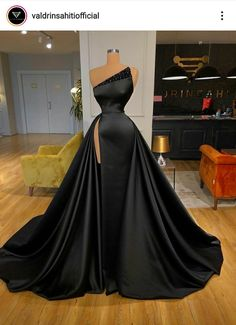 Prom Outfits, Dress Outfits, Fashion Dresses, Dress Up, Gown Dress, Picture Outfits, Modest Fashion, Gala Dresses, Event Dresses