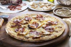 Food Photographer in London Gideon Hart shoots a porcini mushroom pizza