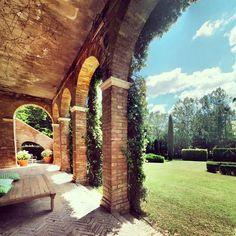 Castle of San Fabiano: the Lounge