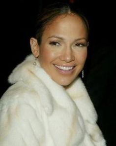 Love J.Lo's makeup