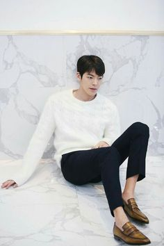 Kim Woo Bin Discusses Using Scent to Dive Deeper Into His Characters Ahn Jae Hyun, Lee Hyun Woo, Lee Jong Suk, Kim Woo Bin, Lee Min Ho, Asian Actors, Korean Actors, Best Kdrama, Park Bo Gum
