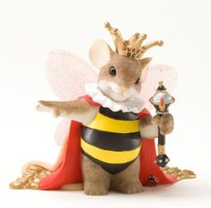 Charming Tails Queen Bee Figurine 4025769 – Friendly Faces