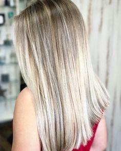 Platinum blonde balayage ombré www.laurenwoodhambeauty.com @laurenwoodhambeauty Burlington, NC