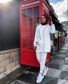 Ideas For Style Hijab Ootd Fashion Dresses Modern Hijab Fashion, Street Hijab Fashion, Hijab Fashion Inspiration, Muslim Fashion, Modest Fashion, Fashion Dresses, Ootd Fashion, Hijab Style Dress, Casual Hijab Outfit