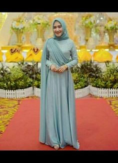 Bridesmaid Dresses, really stunning dress ideas number 7257091693 - Refined and romantic bridesmaid dress style. Please pop to the pin 7257091693 right now. Hijab Evening Dress, Hijab Dress Party, Hijab Style Dress, Hijab Wedding Dresses, Black Wedding Dresses, Dress Outfits, Bridesmaid Dresses, Hijab Gown, Bridesmaid Ideas