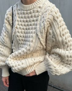 Chunky Knitwear, How To Purl Knit, Knitting Designs, Cable Knit, Cross Stitch, Clane, Pullover, Designer Knitwear, Crochet