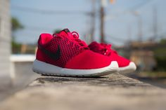 Nike Roshe Run Weave -Fuschia Force (Release Date- July 2014) #kicksfever #nike #roshe