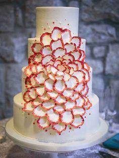 15 Unique Wedding Cake Ideas   TheKnot.com