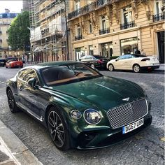 New Bentley Continental GT Green cars The post New Bentley Continental GT Green cars appeared first on Ferrari Photos. Bentley Auto, New Bentley, Bentley Motors, Black Bentley, Lamborghini Gallardo, Rolls Royce, Bentley Continental Gt Cabrio, Lexus Lfa, Lux Cars